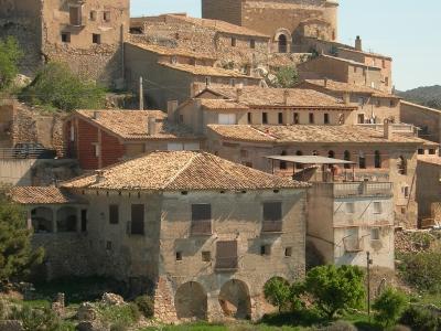 Rehabilitació d'edifici per a 3 apartaments turístics a Huesca